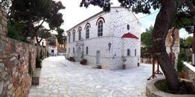 Ιερός Ναός Γενεσίου Θεοτόκου Σύρου
