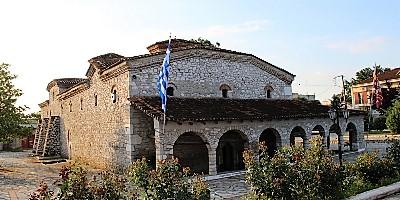 Ιερός Ναός Αγίου Αθανασίου Ρουμ Παλαμά